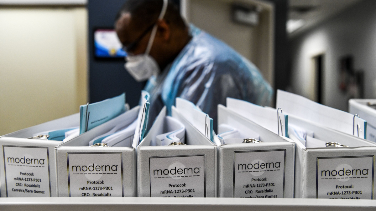 Moderna's Stronger Vaccine AdComm Vote Indicative Of Second Mover Advantage, Not Data Profile